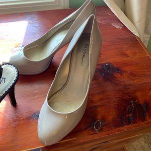 Tans heels